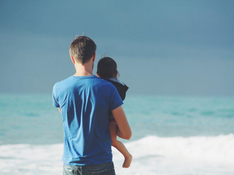 Køb en fars dag gave med fokus på sport og motion